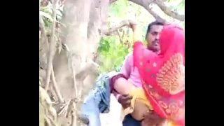 Desi Couple Sex in Jangal