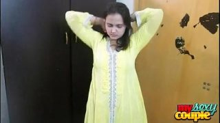 Indian Bhabhi Sonia In Yellow Shalwar Suit Getting Naked In Bedroom For Sex 2 min