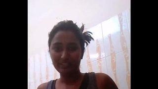 Swathi Naidu Hot Telugu Babe Taking Shower – DesiPapa.com