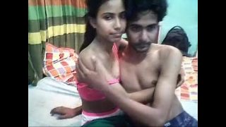 tight desi babe likes to have a good time